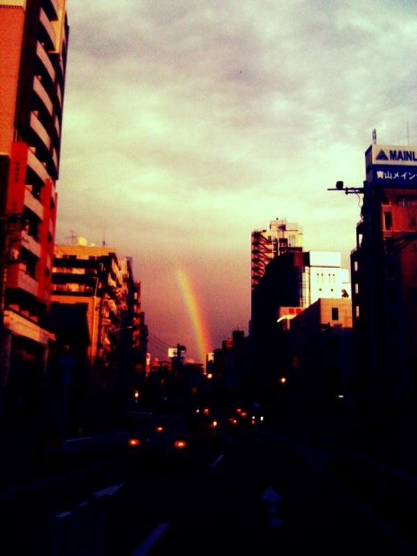 夜の虹.jpg